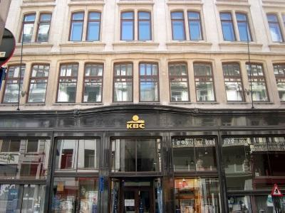 De voormalige winkel en magazijnen Wolfers
