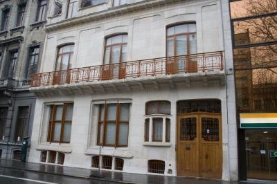 Hotel Hallet: wonen in een Hortahuis!