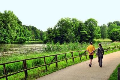 Watermaal-Bosvoorde: De bankjes aan de Vuurkeienweg